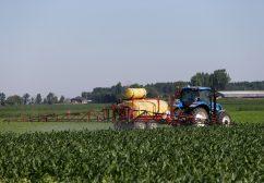 Sauver notre agriculture, bien plus qu'une affaire de pesticides